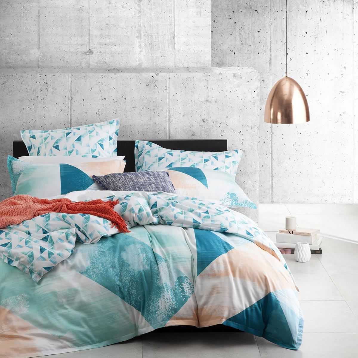 Logan And Mason Neo Teal Quilt Cover Features Big Abstract