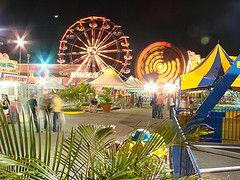 Parque de Diversiones (musicaymas [Javier Chaurn]) Tags: parque luces circo venezuela plazamayor diversiones puertolacruz lechera