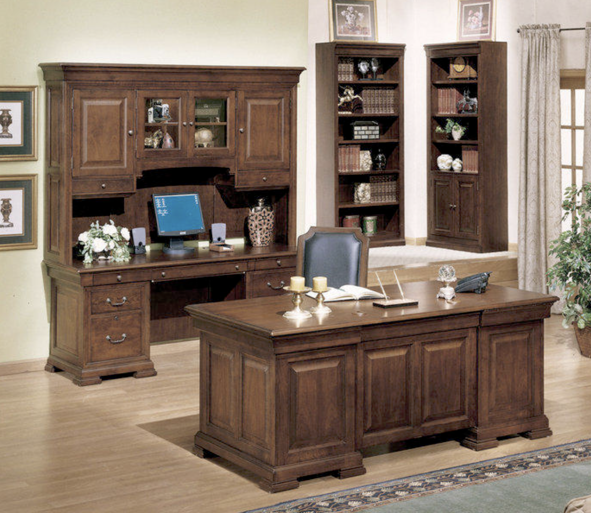 Classic Cherry Home Office Executive Desk And Credenza Set