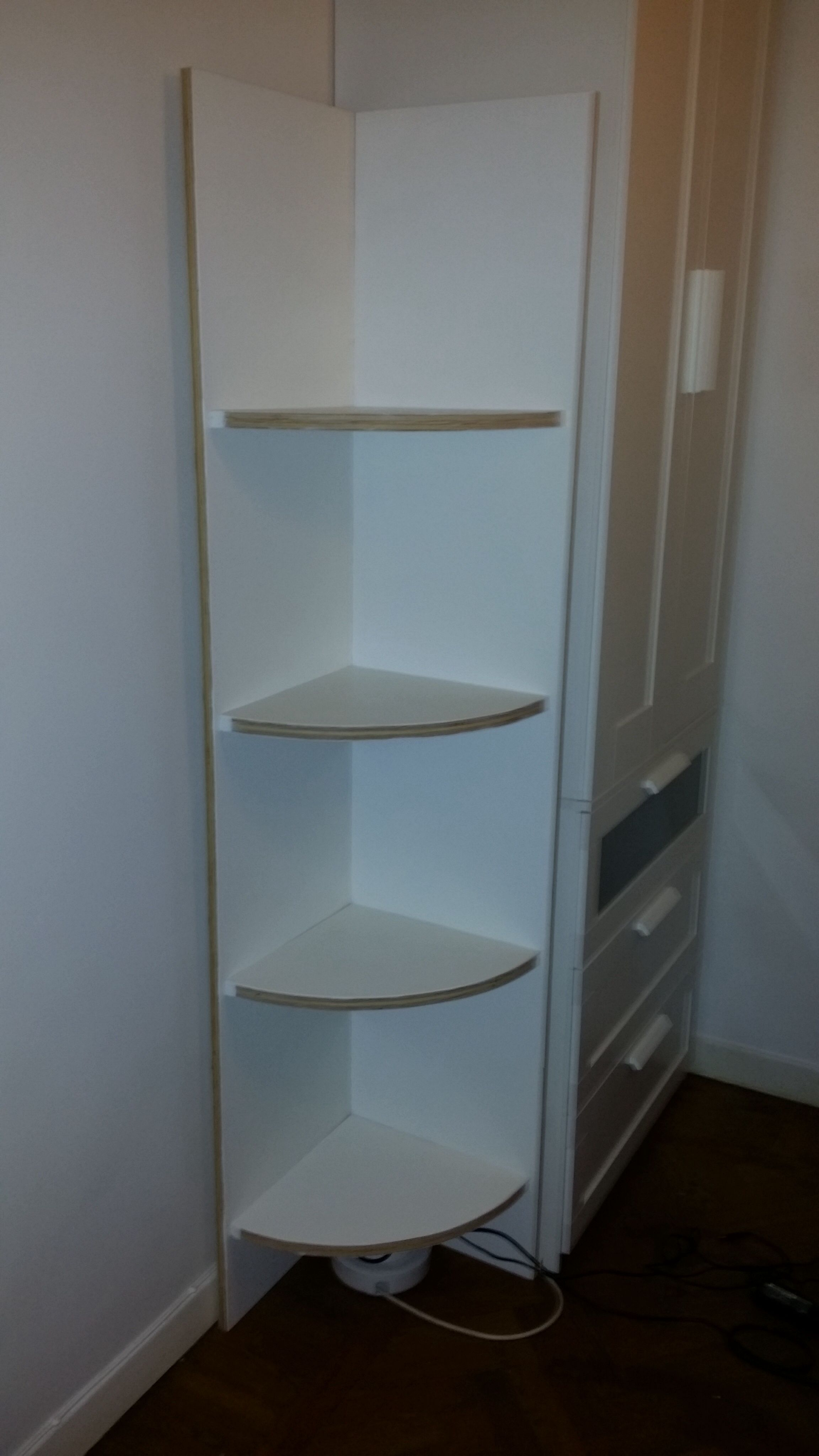 Corner shelf, an idea from Lowes.   My apartment in Stockholm ...