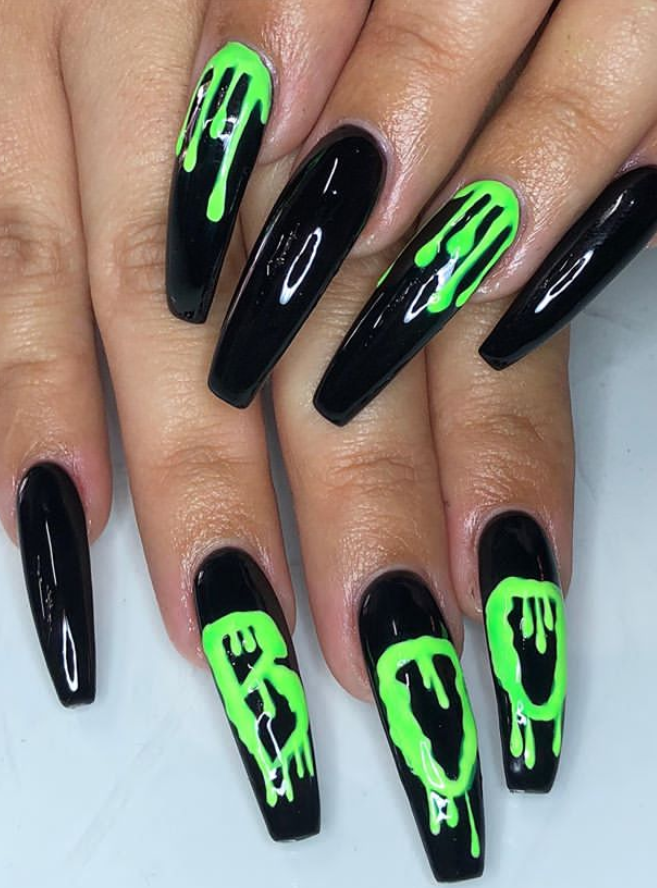 27 Creepy Halloween Nails Design Ideas For The Scary Halloween Day Page 14 Of 27 Latest Fashion Trends For Woman Holloween Nails Halloween Acrylic Nails Cute Halloween Nails