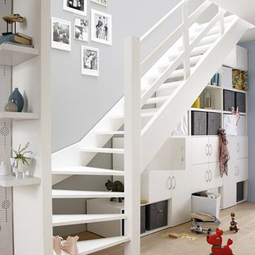rangement sous escalier spaceo inspiration maison pinterest rangement sous escalier sous. Black Bedroom Furniture Sets. Home Design Ideas