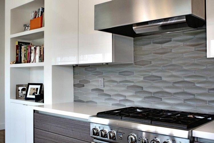 Piastrelle cucina in forma eccezionale sulla parete ...