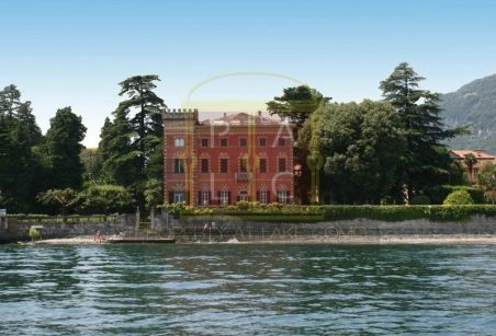 The lakeside studio apartment with view of mountains is best the nature can offer. The lavish property is at minutes distance from Menaggio and Cernobbio.