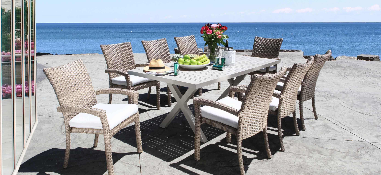 Riverside Modern Outdoor Wicker Patio Furniture Dining Set