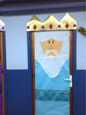 Decoracion de puertas con reyes magos buscar con google for Puertas decoradas con dinosaurios