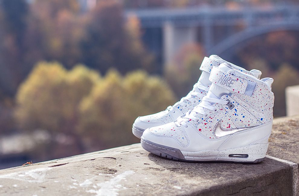 nike air revolution high