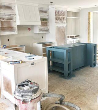 Winter Mantel Decor Updating House White Farmhouse Kitchens White Kitchen Makeover