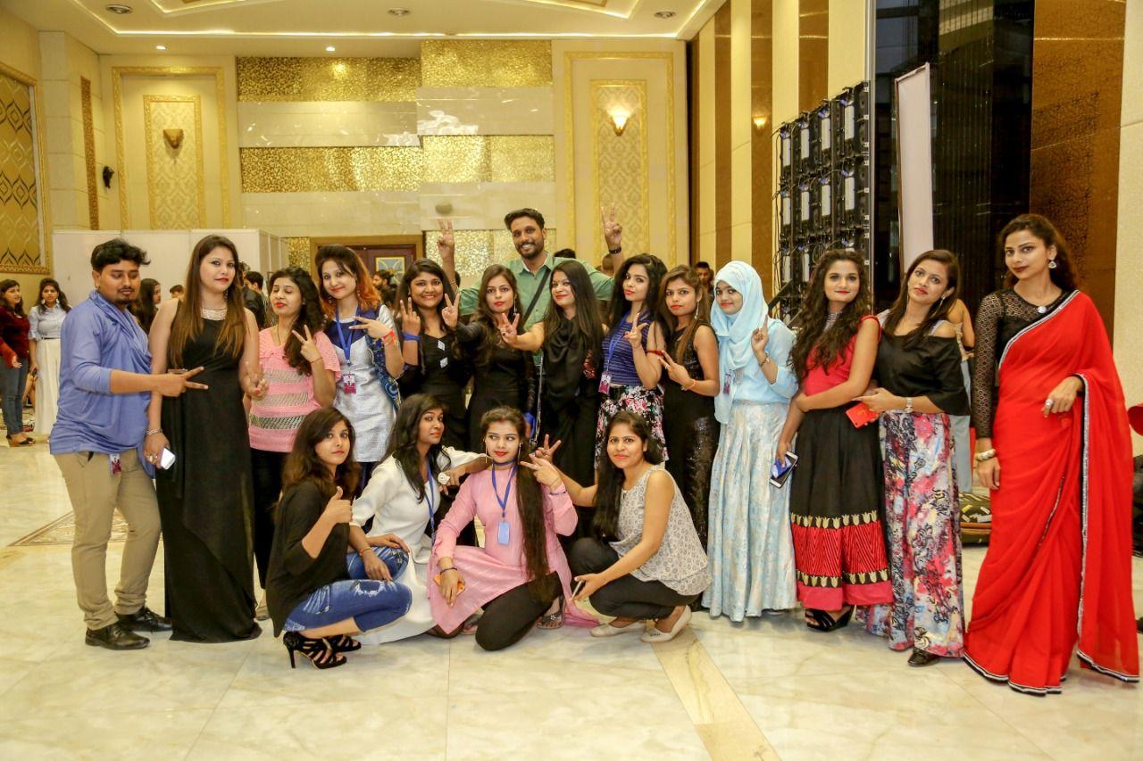 Fashion Design Institute In Kanpur Career In Fashion Designing Fashion Design Diploma In Fashion Designing