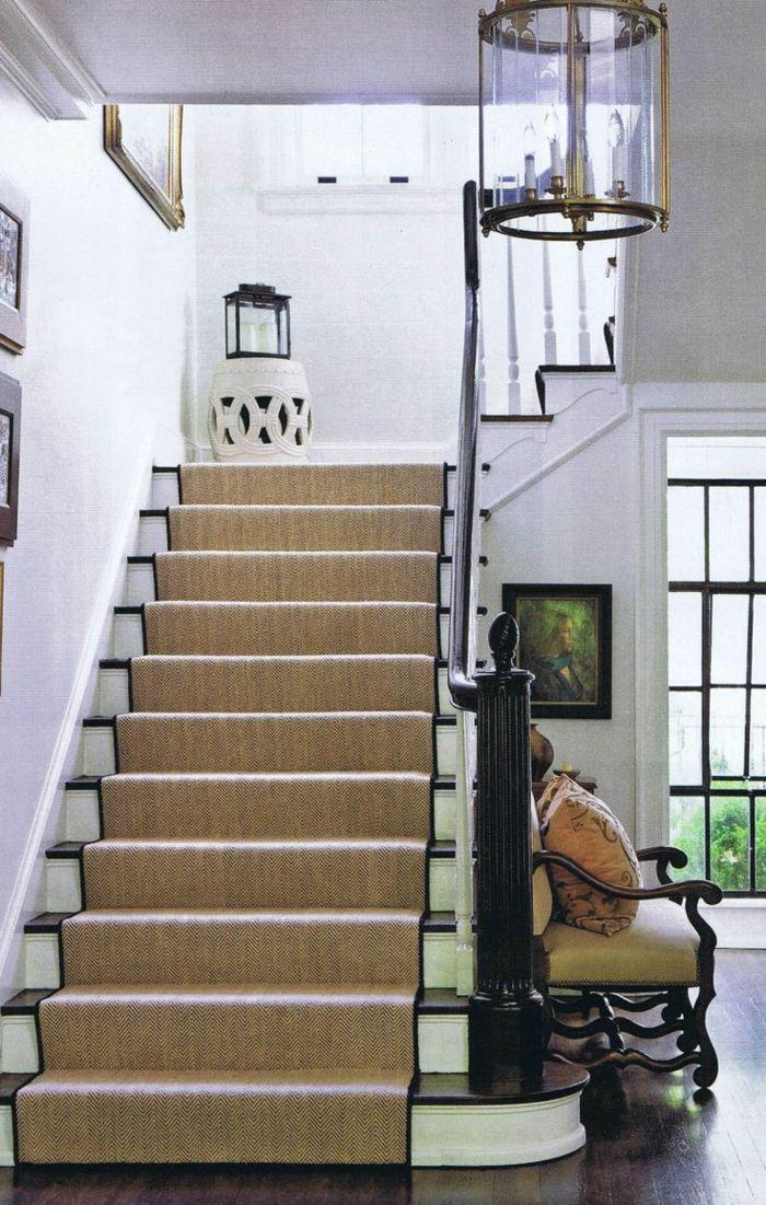 Le Tapis Pour Escalier En 52 Photos Inspirantes Tapis Escalier Moquette Escalier Escalier