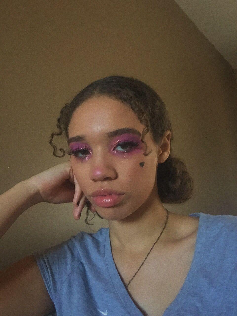 E Girl Makeup In 2020 Girls Makeup Mixed Girls Makeup Looks