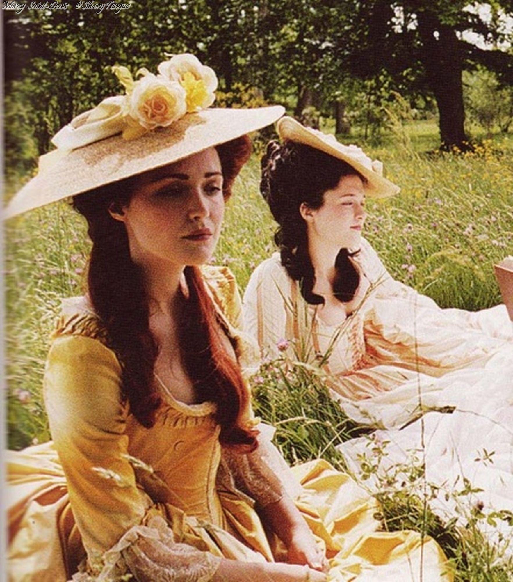 Rose Byrne as the Duchesse de Polignac in Marie Antoinette (2006). | Marie  antoinette movie, Marie antoinette 2006, Marie antoinette