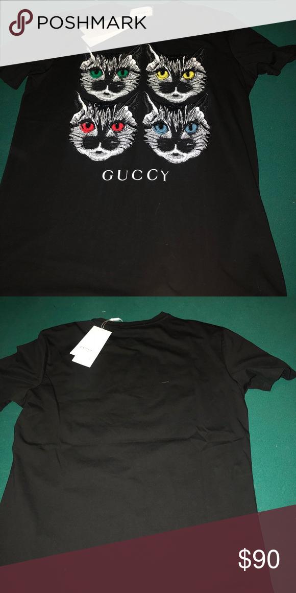 8d431a33bdb Gucci Tee 2018 Season Cat Gucci Tee shirt 2018 Season Cat ( Guccy). 100%  Authentic. Size M Gucci Tops Tees - Short Sleeve