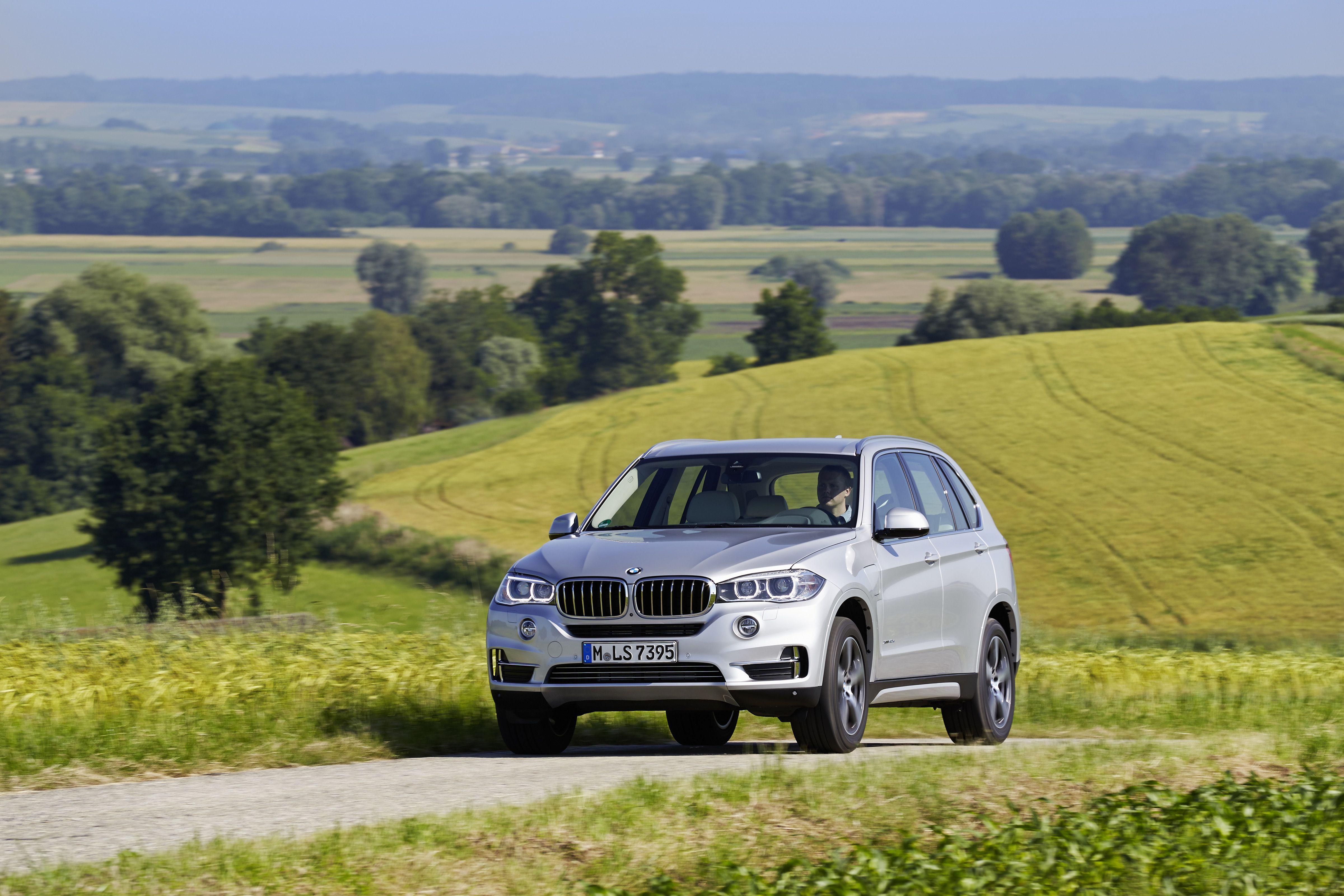 Nové BMW X5 eDrive Bmw,