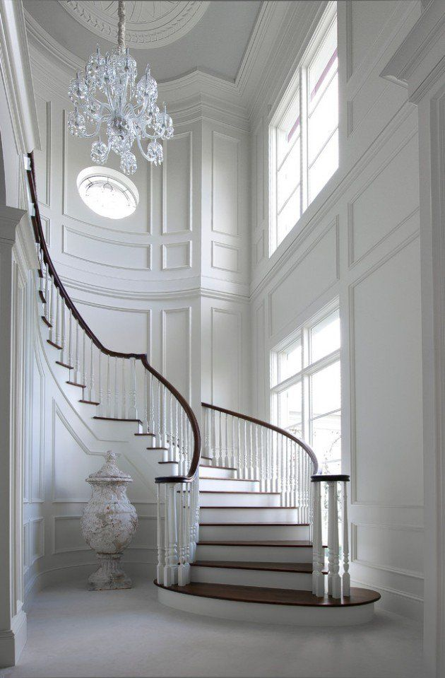 16 Elegant Traditional Staircase Designs That Will