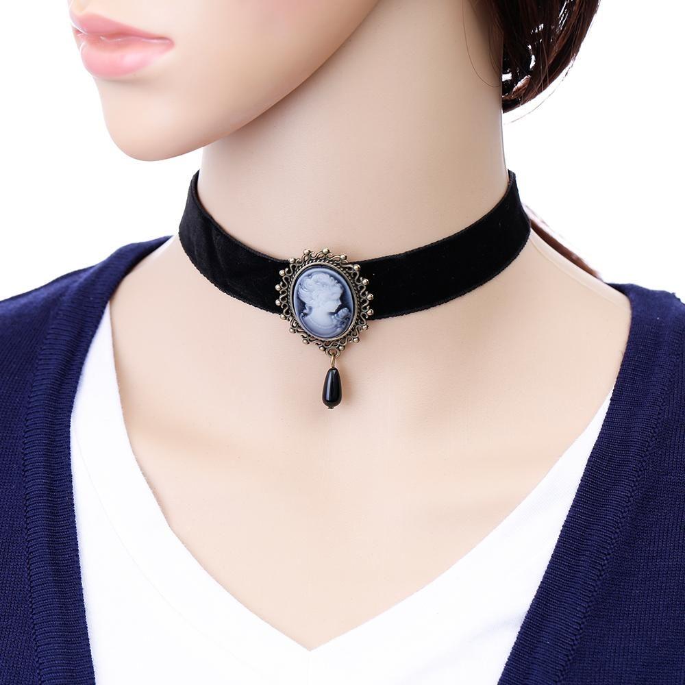 Gothic Black Lace Retro Choker Collar Cute Love Pendant Chain Necklace Jewelry