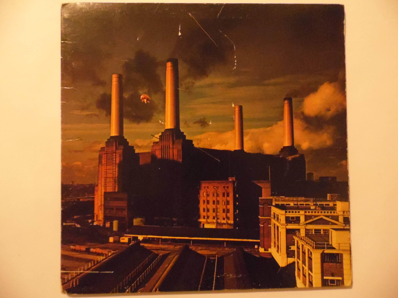 Pink Floyd, Animals vinyl record with gatefold and lyrics