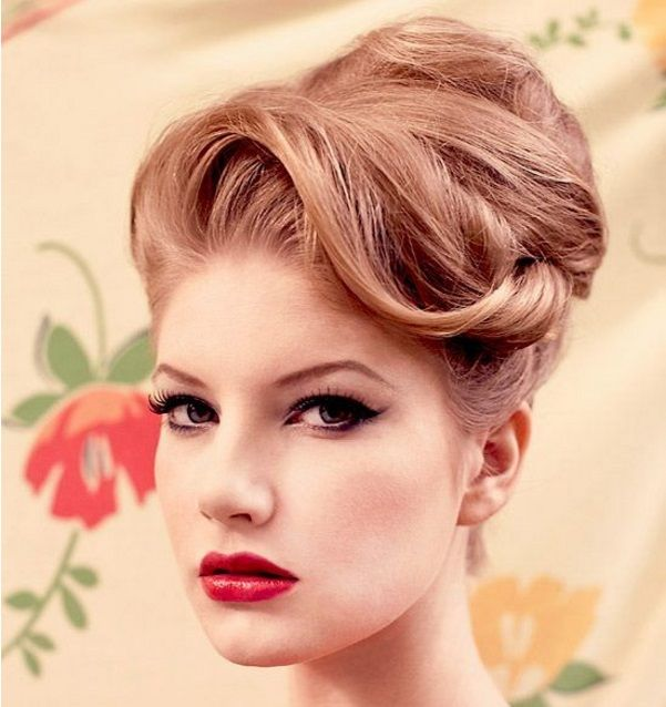 latest trends of vintage hair updo