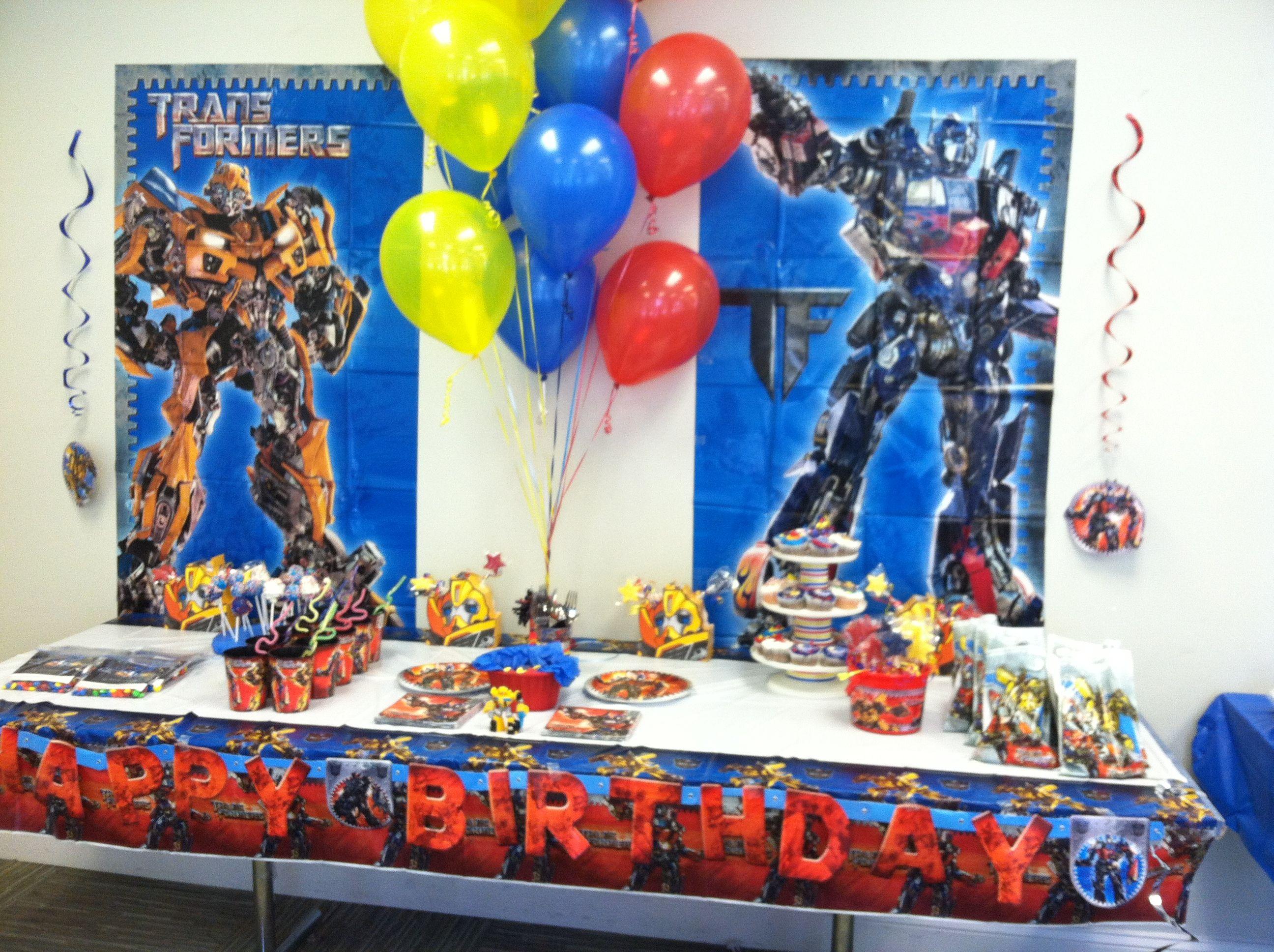 I like the banners table cloth transformer party - Ideas para fiestas infantiles en casa ...