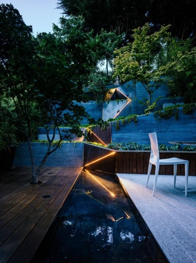 Gartengestaltung Hanglage Stützmauer Beleuchtung Magisch Terrasse