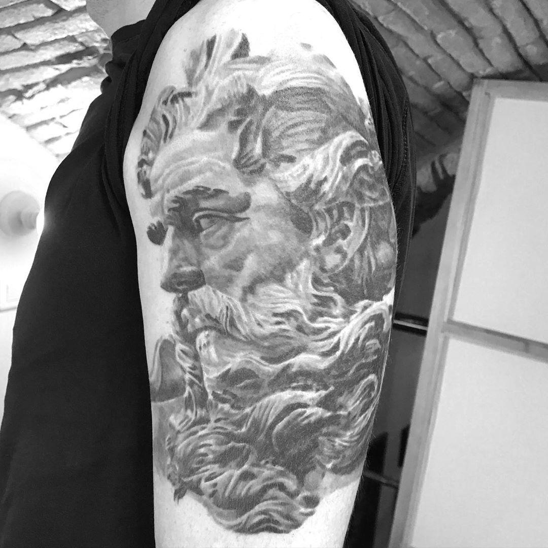 #tatouage #tattoo #ink #inked #tattoos #tattooartist #art #tattooart #tattooed #tattoolife #tatuaje #blackwork #blacktattoo #tatuagem #tatouages #flashtattoo #tatuaggio #tattooing #drawing #inkedgirl #tattooist #tatoueur #tattooshop #paris #blackandgreytattoo #blackworktattoo #tattooer #tatouagemagazine #zeustattoo #bhfyp @trilogy_tattoo