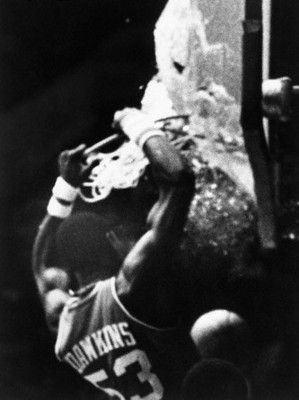 The Greatest Backboard-Shattering Dunks of All Time   Darryl ...