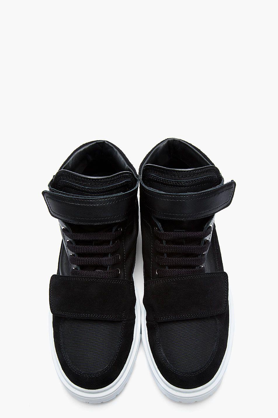 b837b3ad9bd882 KRISVANASSCHE Black Leather   Suede Velcro Low-Top Sneakers