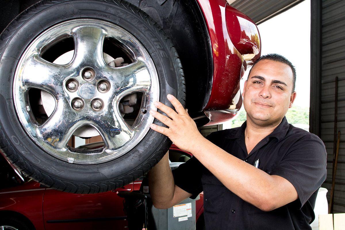 Tampa Used Car Dealership Sales & Service Staff Car