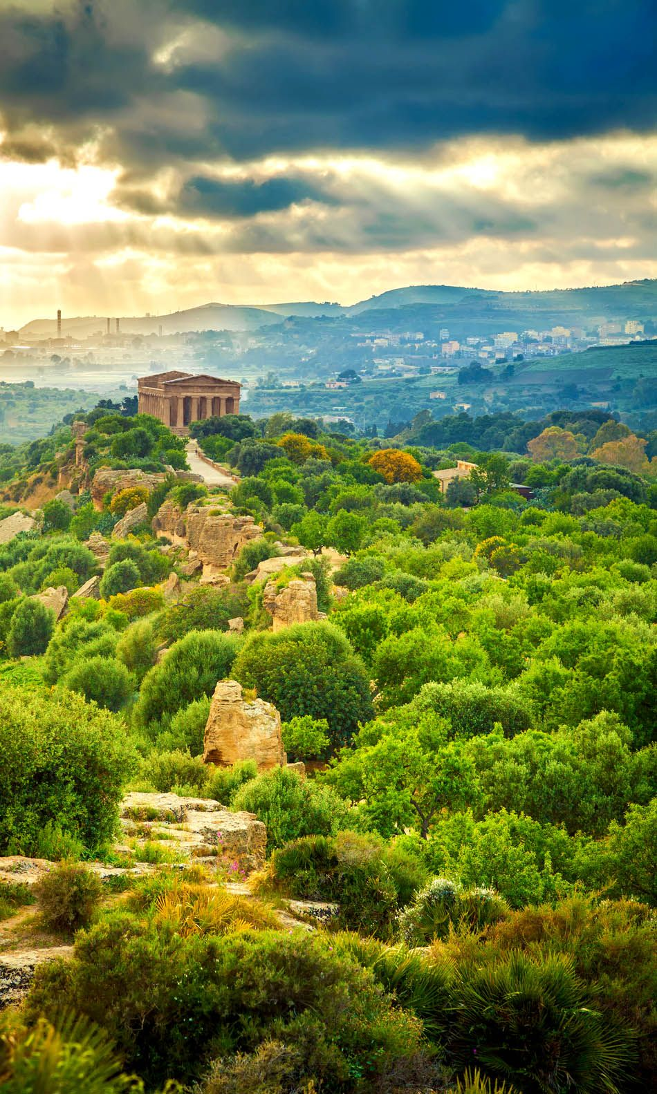 Valley of Temples near Agrigento, Sicily 3