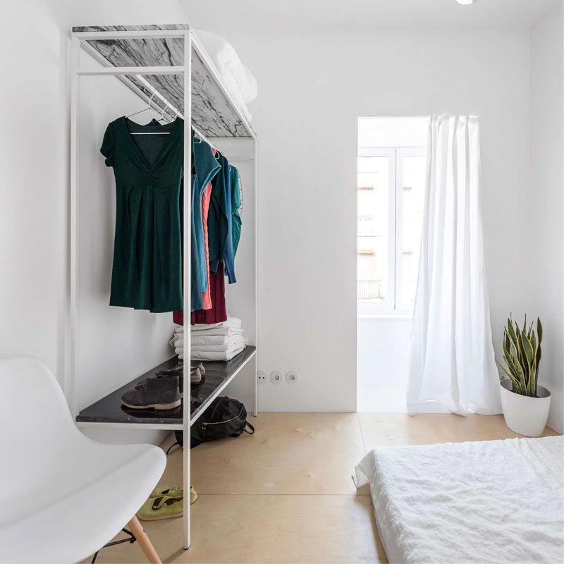 Een licht appartement met prachtige marmeren vloer in Lissabon - Roomed