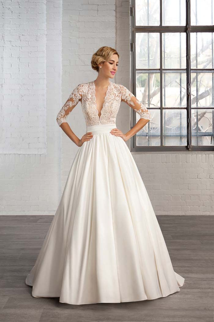 Win a wedding dress from the cosmobella 2016 collection wedding win a wedding dress from the cosmobella 2016 collection junglespirit Image collections
