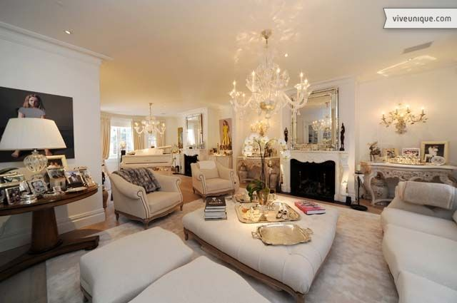 Stylish sitting room at elegant Chelsea Square. | Pretty Palaces ...