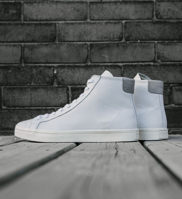 2dee8280807c adidas Originals Court Vantage Mid  White