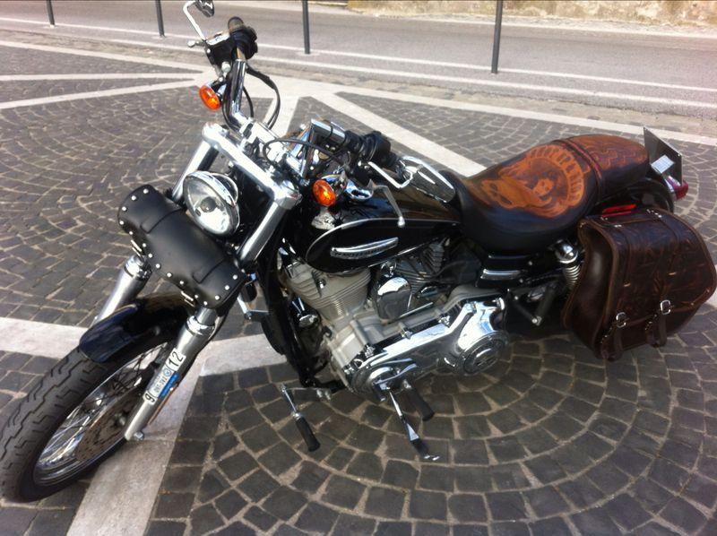 Sick Custom Dyna Wide Glide Fuelpack Custom Made Leather Seat