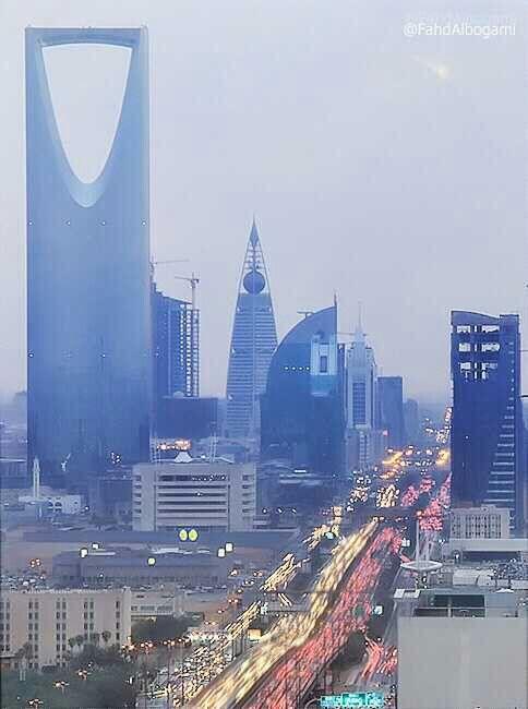 Kingdom Tower Al Faysaleah Tower World Cities Chicago City Saudi Arabia