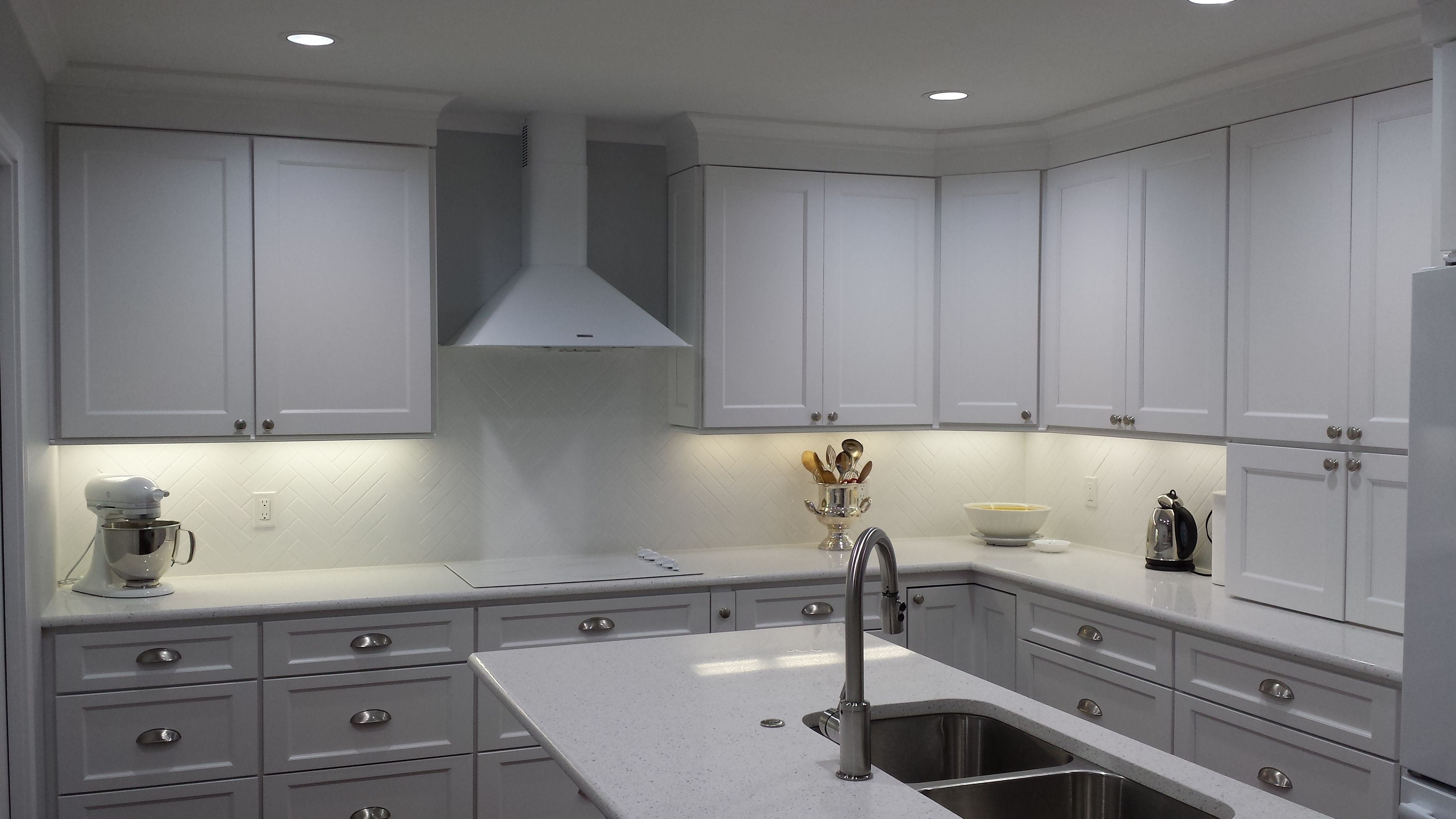 Kitchen Design Concepts Of Dallas Texas Created A Modern Monochromatic Kitchen With Our White York C Kitchen Design Classic Kitchen Cabinets Kitchen Concepts