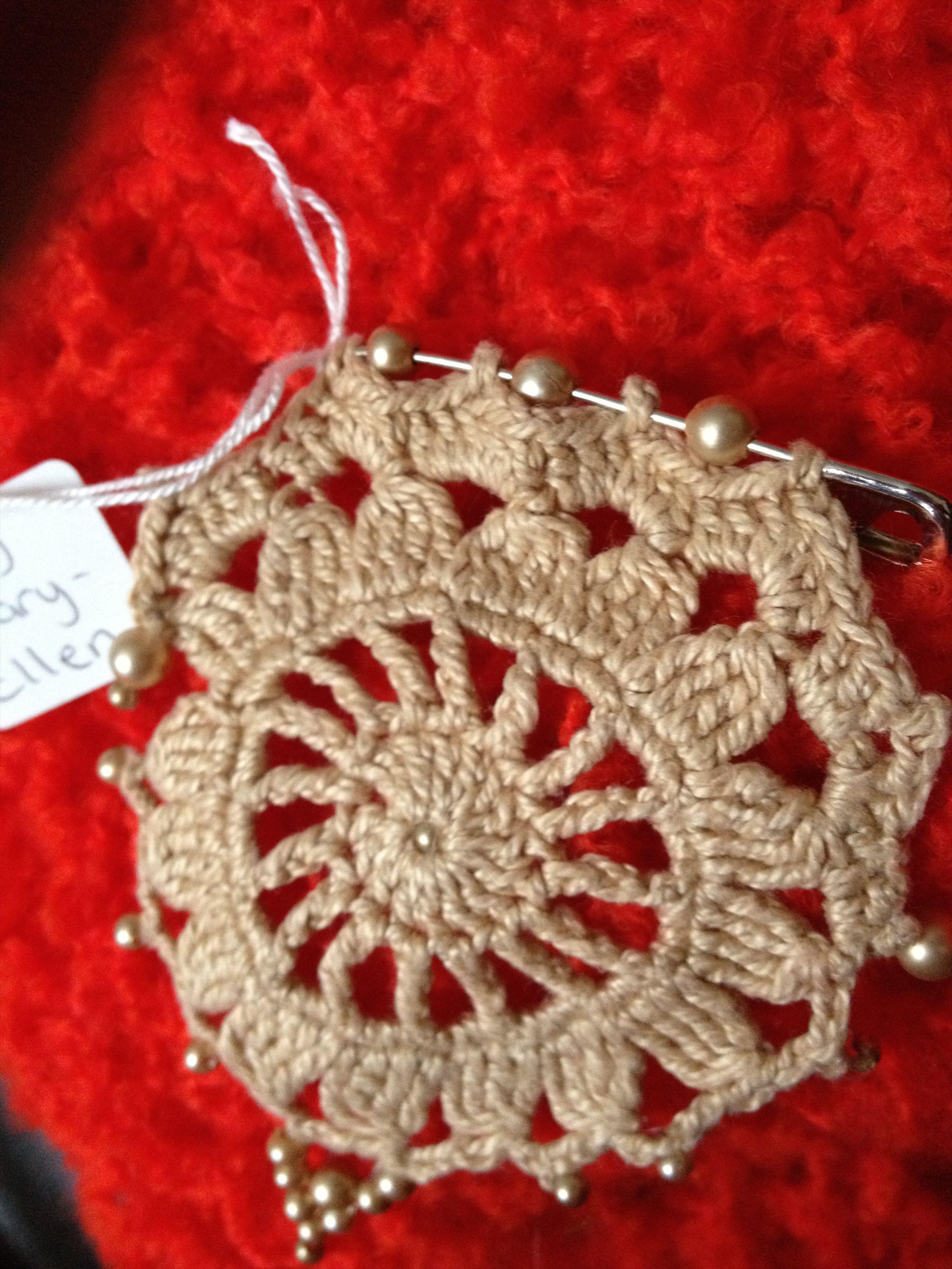 paula's crochet brooches