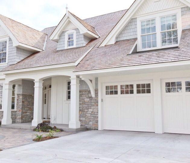 limestone, thick white trim on grey For the Home Pinterest - peinture de facade maison