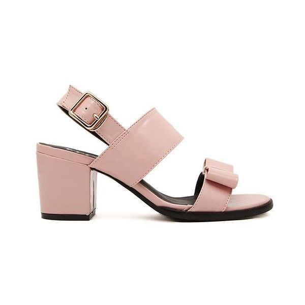 LUCLUC Pink Patent Leather Open-Toed Sandals With A Wide Mouth (115.730 COP) ❤ liked on Polyvore featuring shoes, sandals, lucluc, pink shoes, wide shoes, patent shoes, pink patent shoes and patent leather shoes