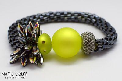 Collection Undefinable - Mapie Doux Jewelry #crochet #handmade #bracelet #necklace #jewelry #swarovski #dagger #undefinable #delica #bead www.mapiedoux.com
