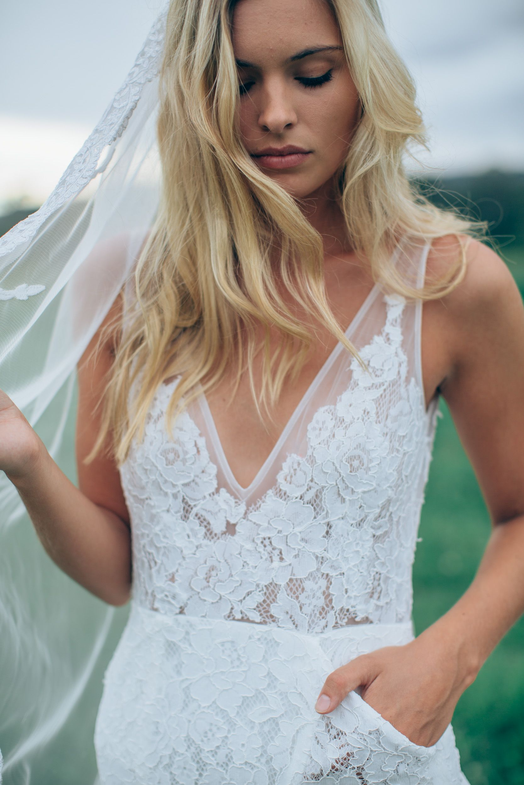 Wedding Dress in Lace with Low back #Frankie http://www ...