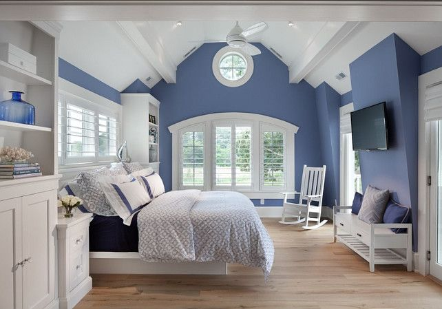 Shingle Beach House with Classic Coastal Interiors Love the curved millwork over the window to echo ceiling