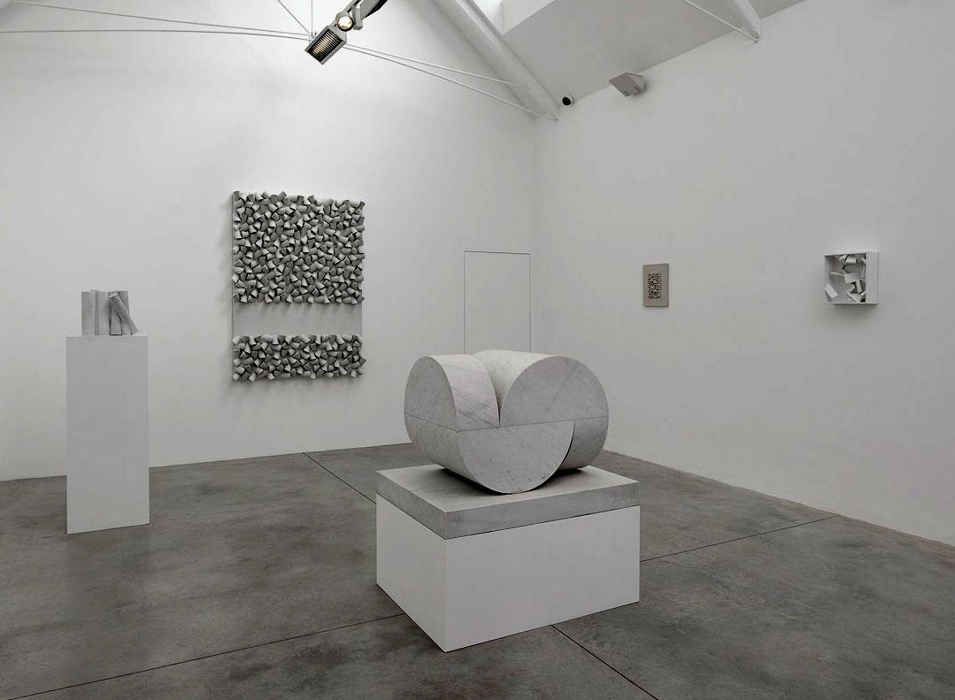 Lisson-Gallery-6-1-of-1 Sergio Caamrgo