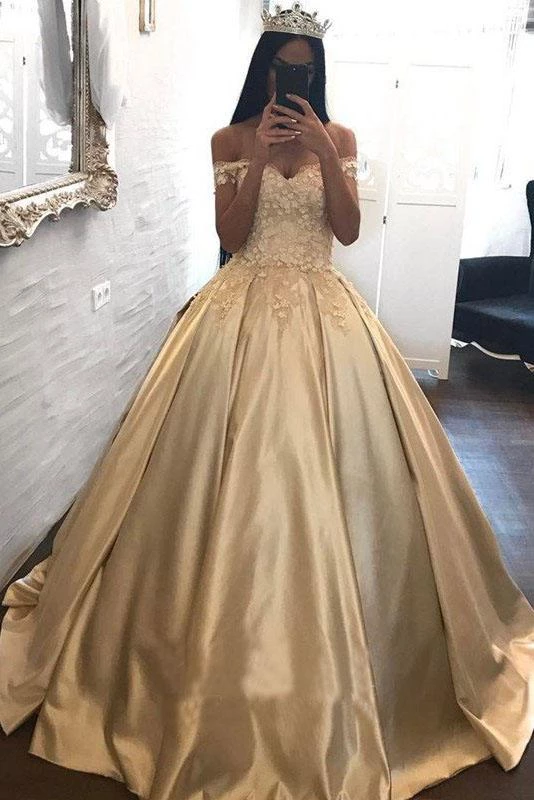 Ball Gown Champagne Gold Satin Quinceanera Dresses Appliques Lace Prom Dresses PW933