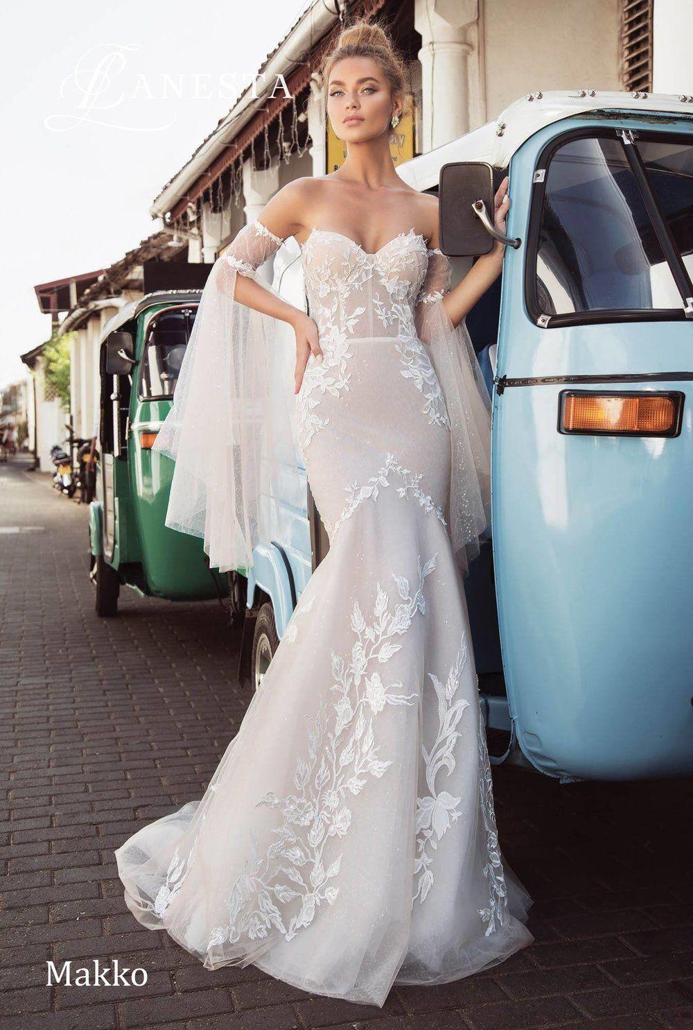 Royal themed wedding dresses  MAKKO wedding dress by LANESTA  Bridal Royal Fashion  Pinterest