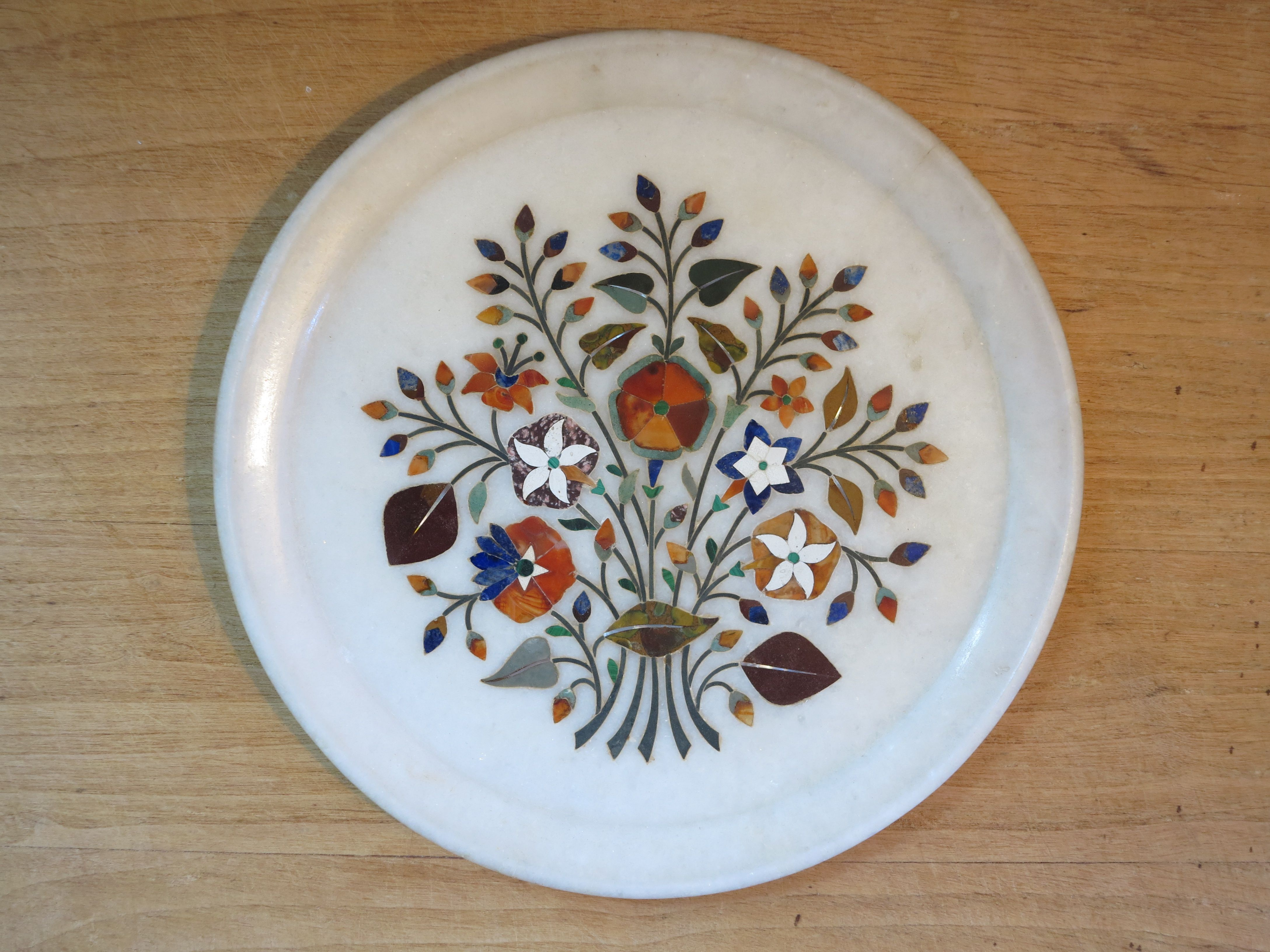 Late 19th century pietra dura plate from Agra, North India