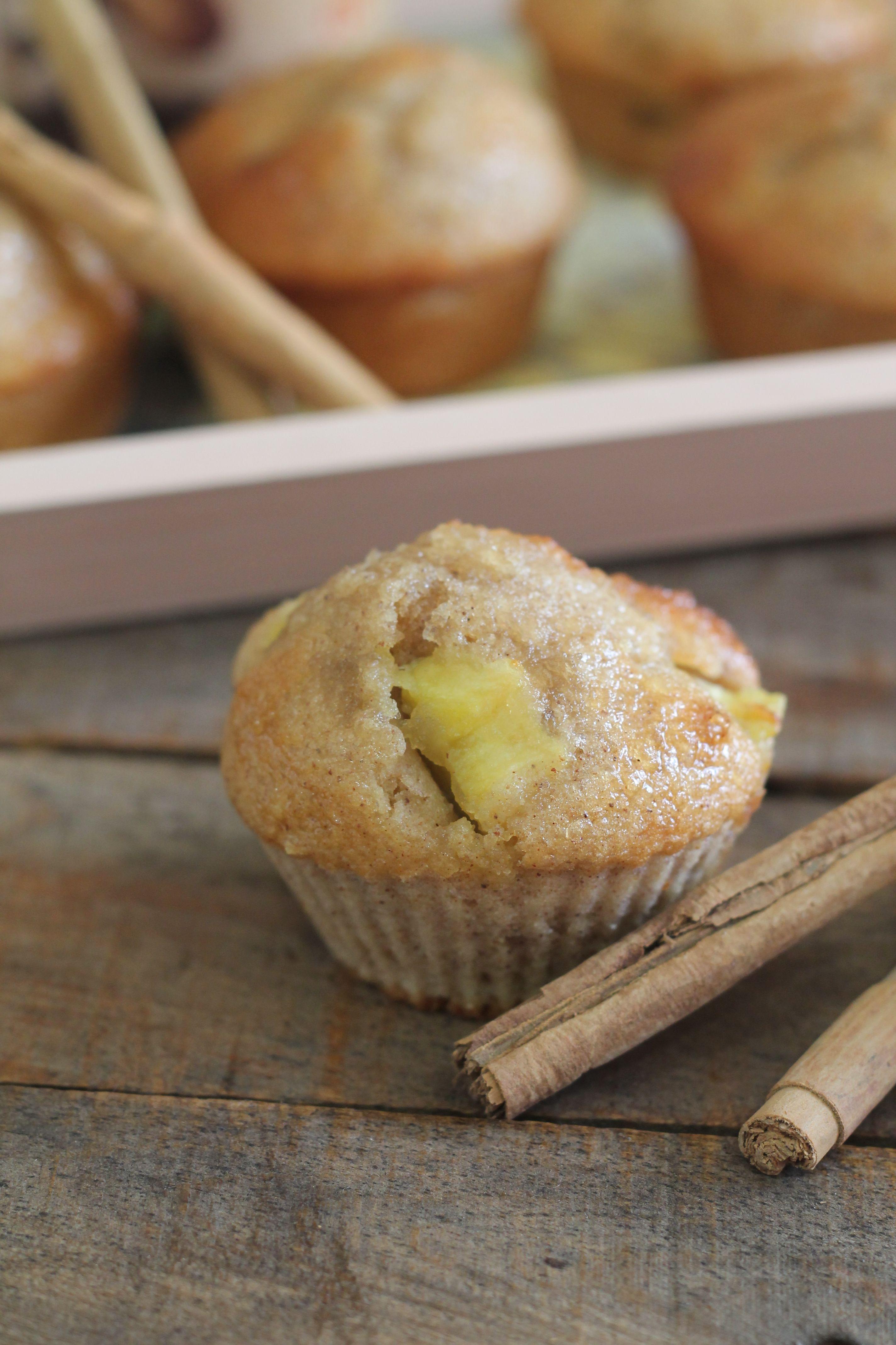 Muffins de Manzana http://cakesparati.blogspot.com.es/2013/11/muffins-de-manzana.html