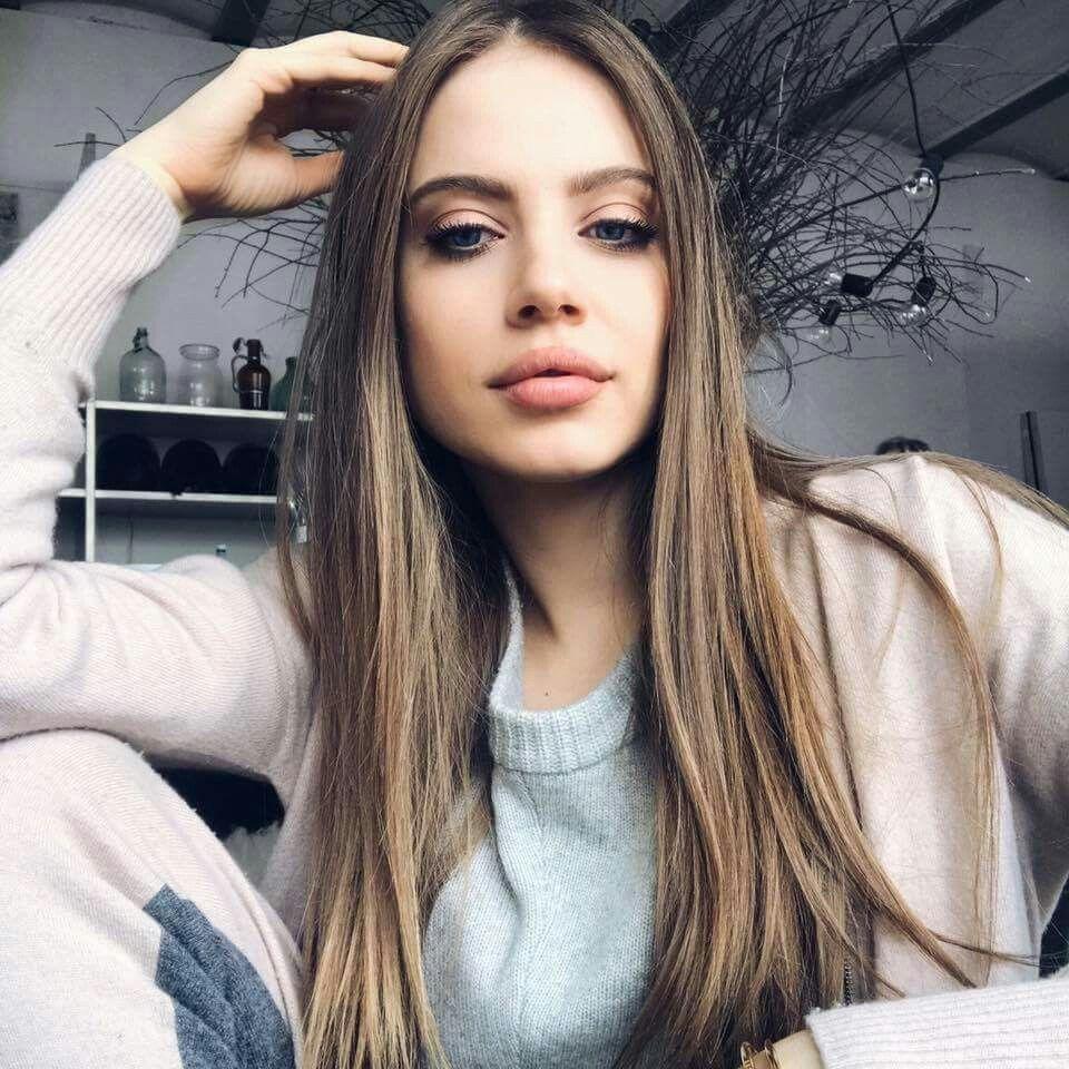 Xenia Tchoumitcheva nude photos 2019