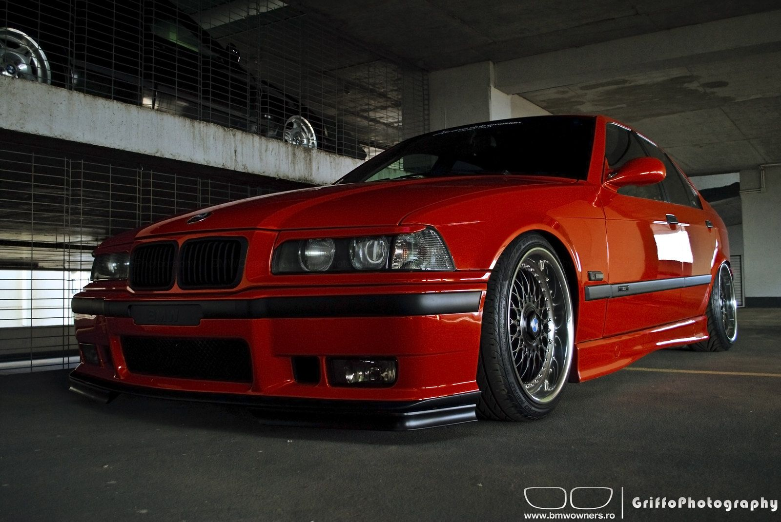 e364doorsPhotosession (35) in 2020 Bmw red, Bmw e30