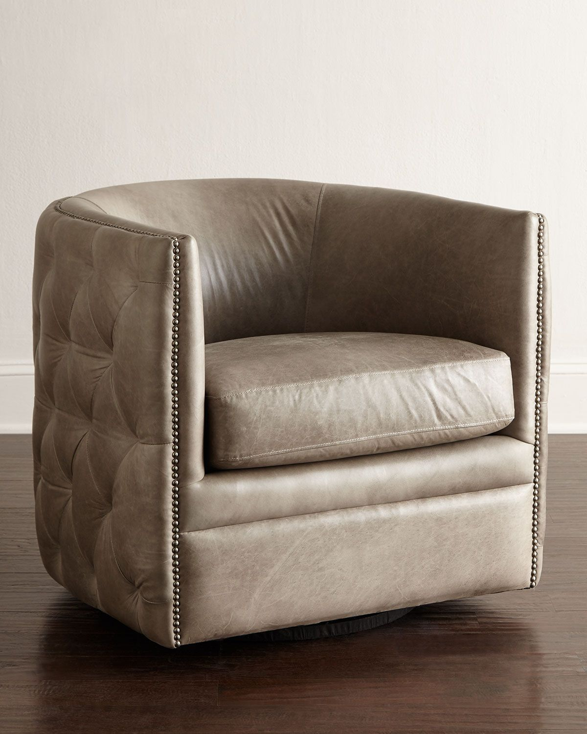 Bernhardt Abriola Leather Swivel Chair | Sillas y Sillones